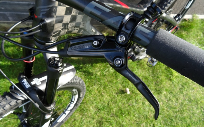 How to Determine its MTB Frame Material, Gears, and Breaks 2